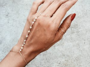 Daily Inspiration: Hand Chains!